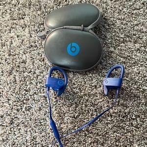 Blue Powerbeats